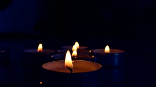 candles-1988160_960_720-1-845x475.jpg